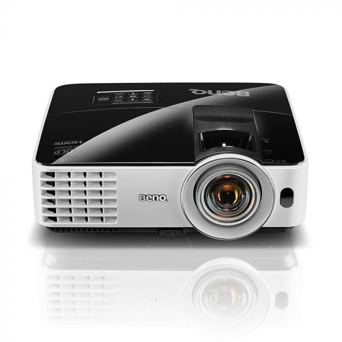 Projector 3200 Lumens